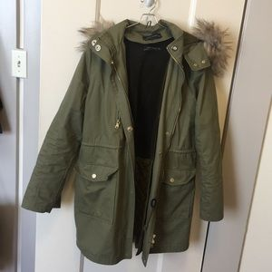 Zara parka with removable lining and trim 🦊